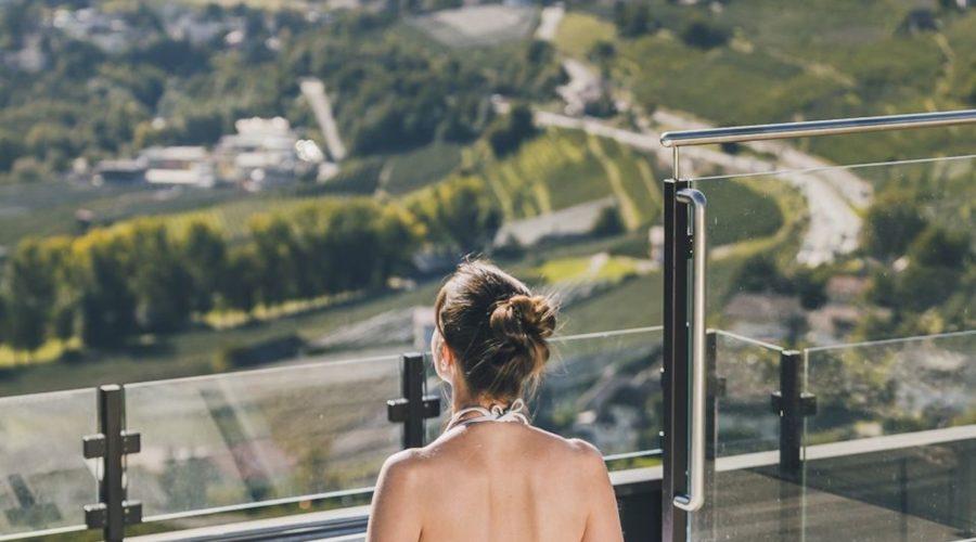 Entspannung Im Outdoor Whirlpool Bei Herrlicher Aussicht C Tiberio Sorvillo Hotel Golserhof
