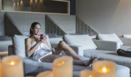 Relaxen Im Ruheraum Bei Stimmungsvoller Beleuchtung C Tiberio Sorvillo Hotel Golserhof