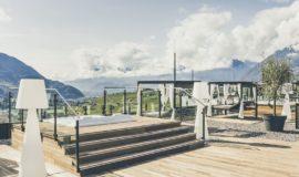 Treppenaufgang Zum Whirlpool Auf Der Sonnenterrasse C Tibero Sorvillo Hotel Golserhof