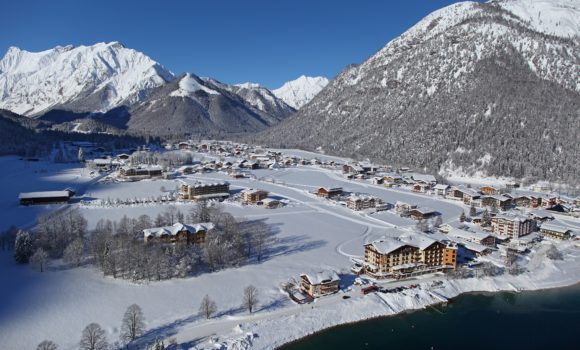 tal_im_winter_c_tvb_achensee_hotel_post_am_see