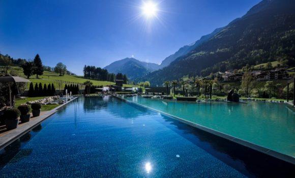 Andreus Golf Lodge, Infinity Außenpool und Naturteich