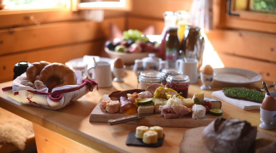 Das Almdorf Frühstück Auf Der Hütte@Das Almdorf World Peace Eco Resort