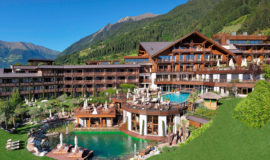 Restaurant Mountain Chalet Lodge Hotel Andreus St Leonhard 076
