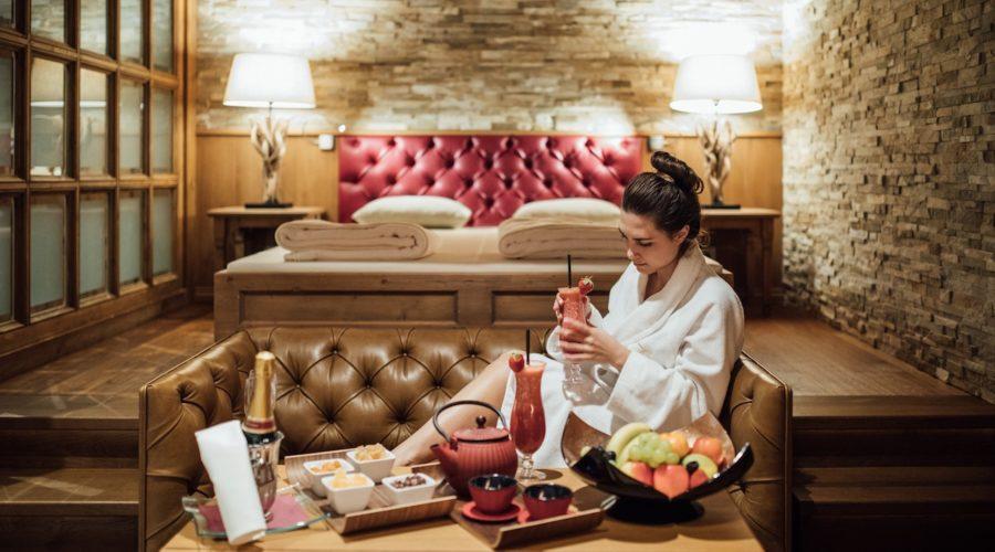 Entspannen Bei Fruchtcocktails Cfotograf Patrick Langwallner Hotel Zuerserhof