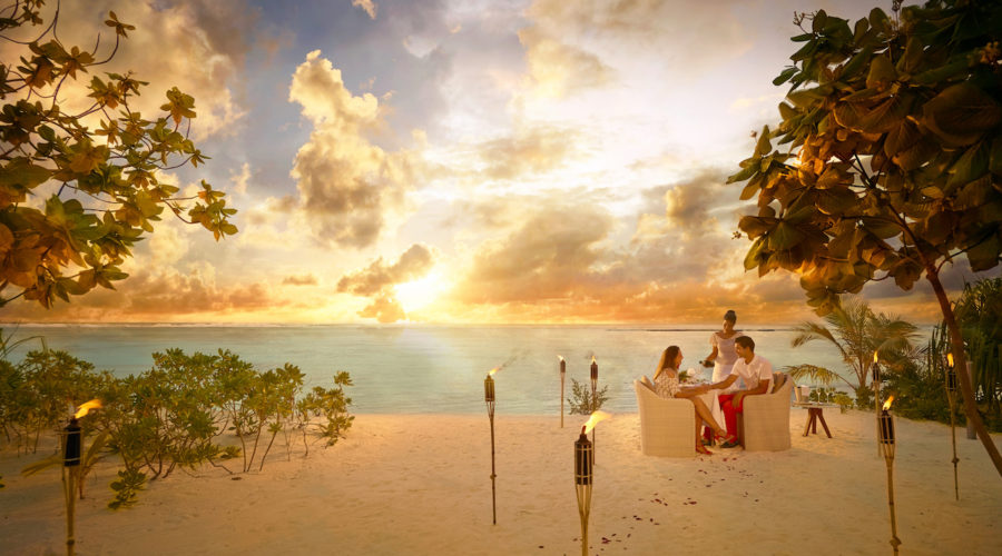 BRANDO SunsetDinner Beach Couple A