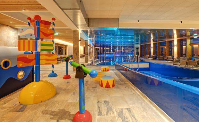 Tolle Badelandschaft Fuer Kinder Leading Family Hotel Dachsteinkoenig
