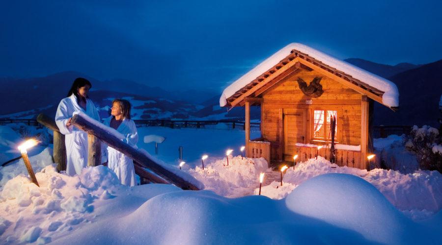 Almsauna Im Winter Alpin Panorama Hotel Hubertus