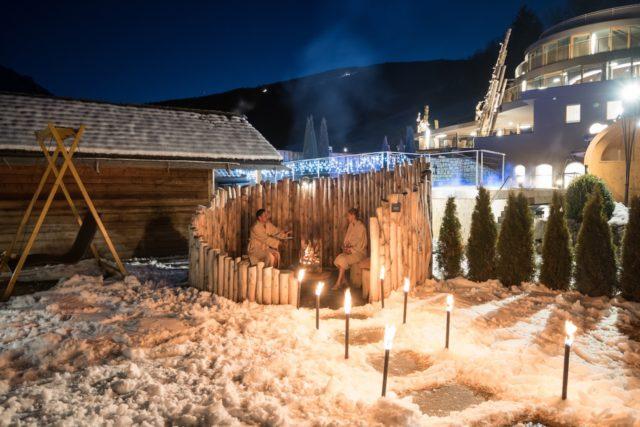 Feuerstelle Im Winter Alpin Panorama Hotel Hubertus