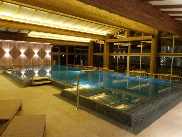 Indoor Pool Seitlich