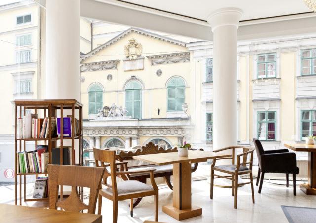 Hotel Beethoven Lounge 4