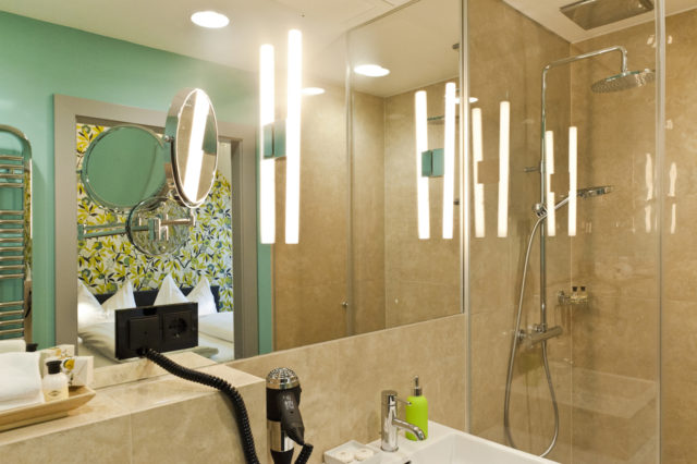 Hotel Beethoven Zimmer 602 Badezimmer