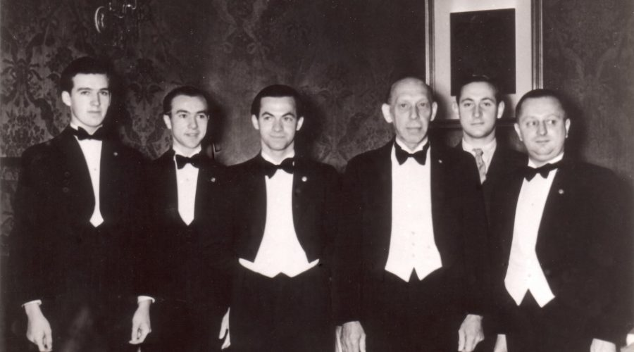 Restaurant Walterspiel Kellner 1939