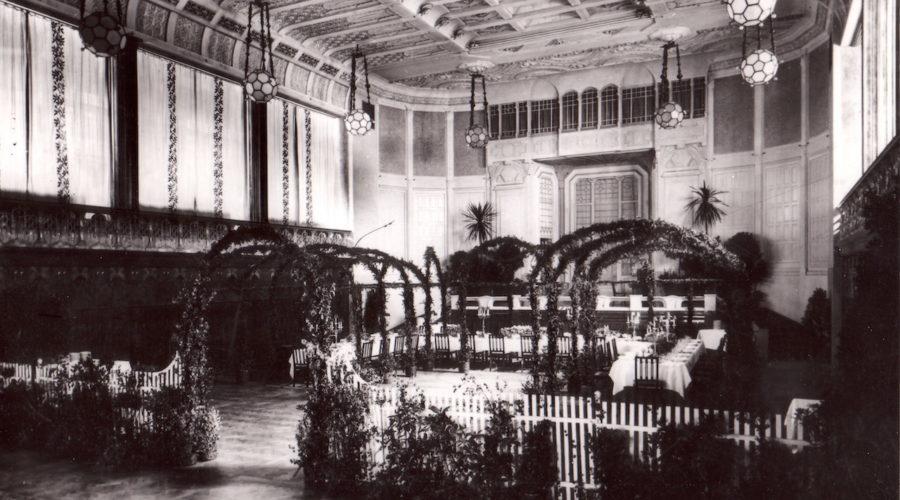 Vier Jahreszeiten Cherubin Palast 1899