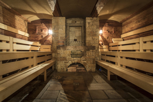 04 STOCK Sauna
