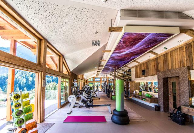 07 STOCK Fitnessstudio