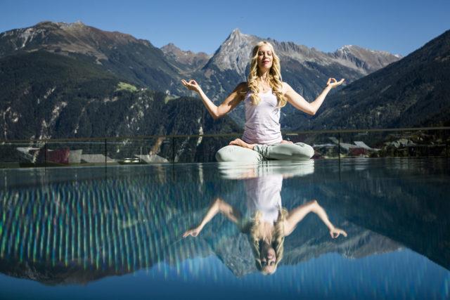 08 Feelactive Yoga 2