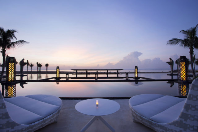 Mulia Resort Ocean Pool
