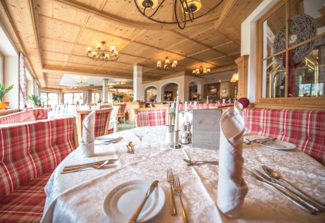 ┬®rotwild Restaurant 2611