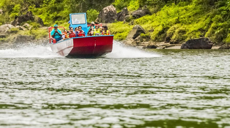 Jpg Jetboat Auf Dem Navua River Ctourism Fiji