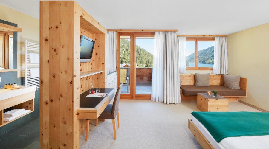 23 Arosea Doppelzimmer Mit Balkon 0216843