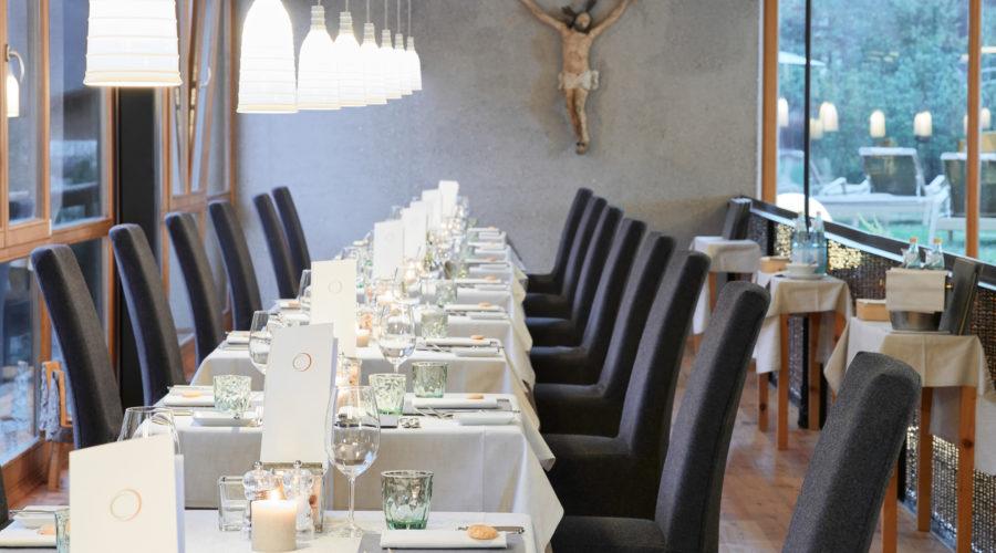 58 Arosea Life Balance Restaurant + Naturküche 0316960