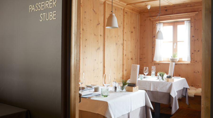 68 Arosea Life Balance Restaurant + Stuben 1217536