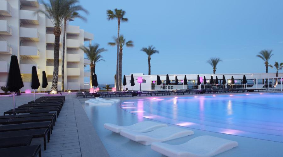 Hotel Garbi Ibiza Pool 2