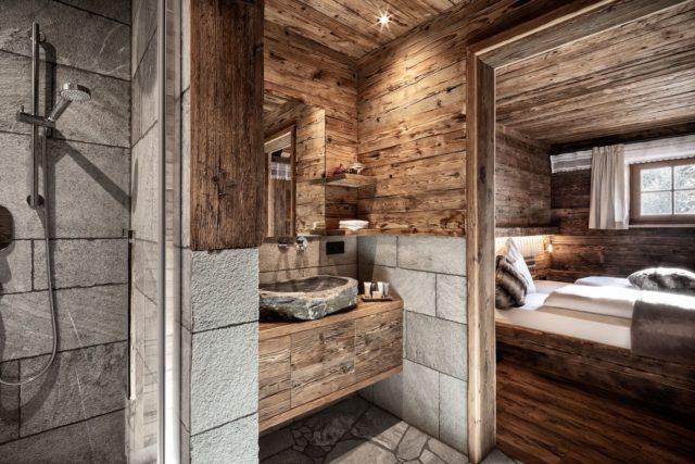 Nassbereich Und Doppelzimmer In Traditionellem Design C Prechtlgut Prechtlgut 0