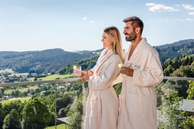 Wellness, Kuscheln und Glücksmomente im Hüttenhof - Wellnesshotel & Luxus-Bergchalets
