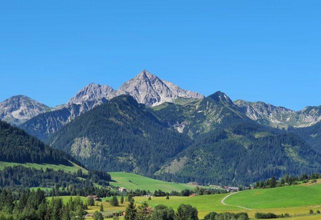 Beeindruckende Aussicht Aufs Gaishorn Hotel Bergblick