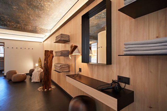 Blick Auf Den Wellnessbereich C Tobias Burger Bio Hotel Oswalda Hus Kleinwalsertal Hotels