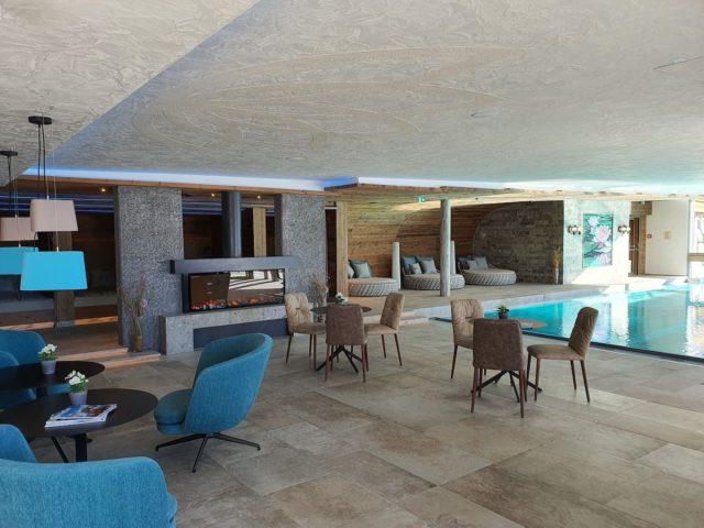Indoorpool Mit Sitz Und Relaxmoeglichkeiten Hotel Bergblick