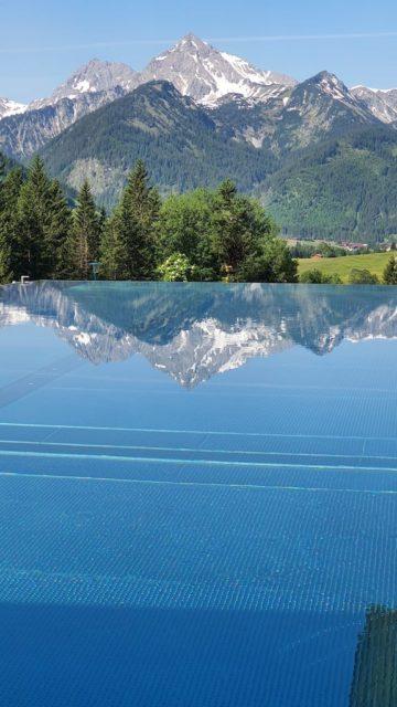 Infinity Pool Mit Traumhaftem Ausblick Hotel Bergblick