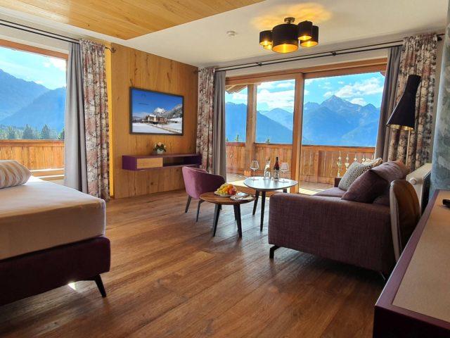 Juniorsuite Enzian Mit Traumhaftem Ausblick Hotel Bergblick