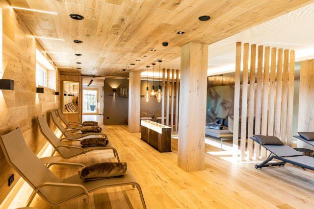 Modernes Relax Spa C Werner Krug Genuss Aktivhotel Sonnenburg Kleinwalsertal Hotels