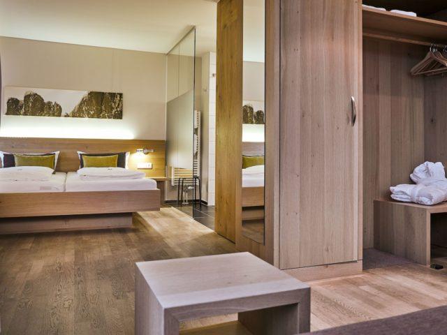 Moonetlueamle Doppelzimer C Michael Gunz Genuss Aktivhotel Sonnenburg Kleinwalsertal Hotels