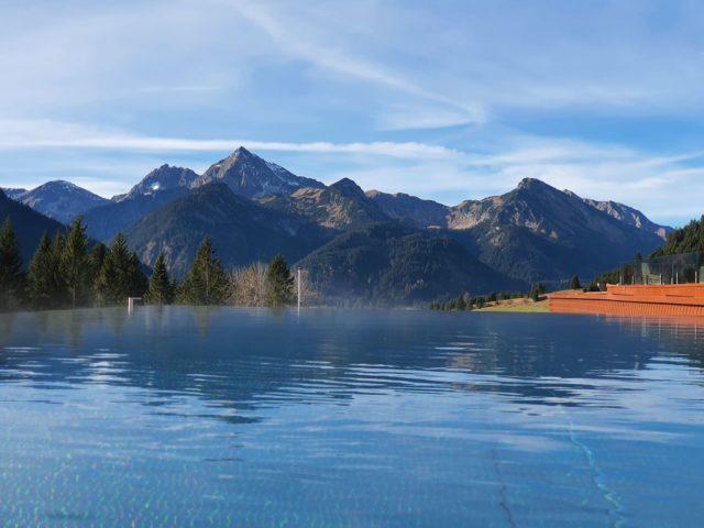 Panorama Ausblick Vom Outdoorpool Hotel Bergblick