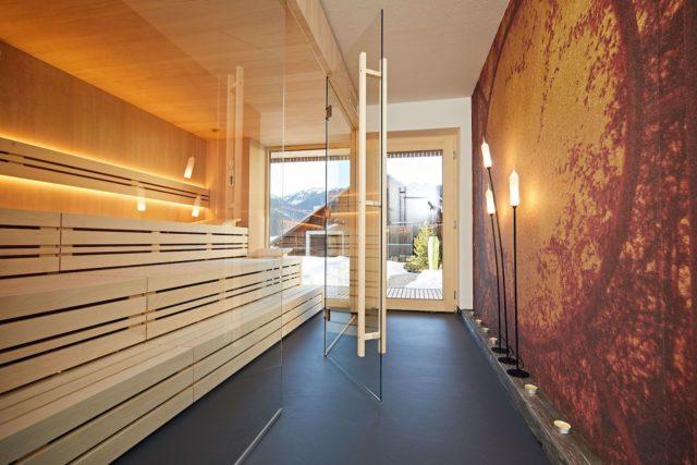 Sauna Mit Bergblick C Tobias Burger Bio Hotel Oswalda Hus Kleinwalsertal Hotels