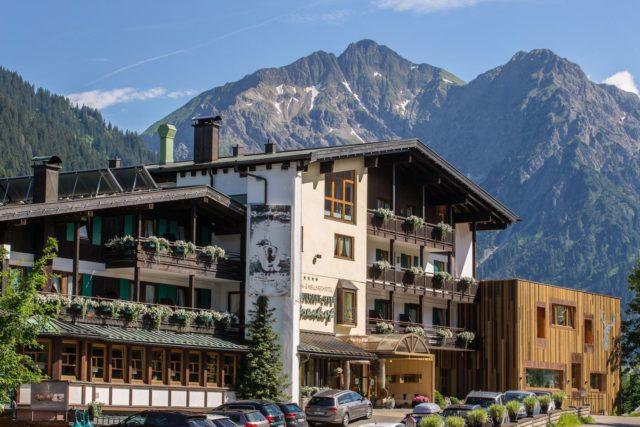 Wellnesshotel Walserhof Im Kleinwalsertal Im Sommer C Aileen Melucci Wellnesshotel Walserhof Kleinwalsertal Hotels