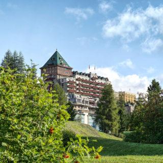 BPH Außenansicht Sommer 2 (c) Badrutt's Palace Hotel
