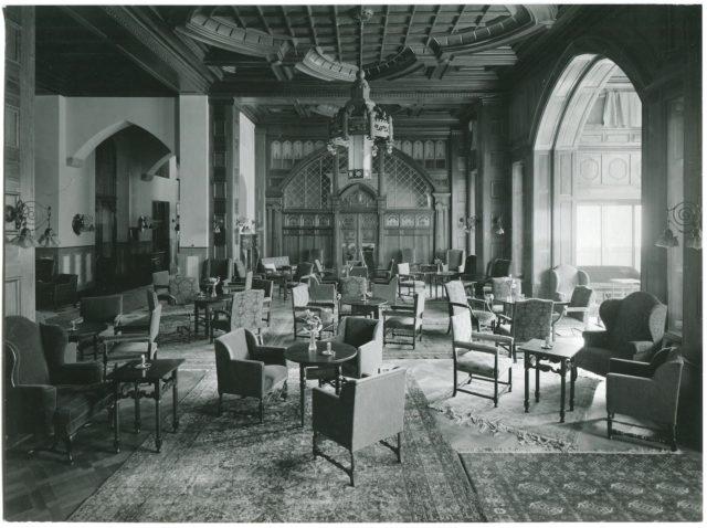 BPH Halle 1912 (c) Badrutt's Palace Hotel