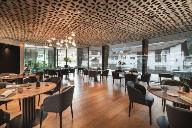 Geraeumiger Speisesaal Hotel Granbaita Dolomites 0
