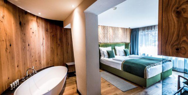 Superior Zimmer Mit Freistehender Wanne C Dejori Werner Hotel Granbaita Dolomites
